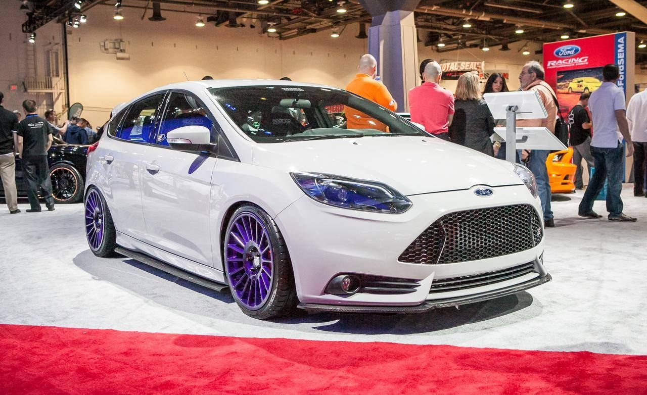 White Ford Focus St With Big Purple Rims