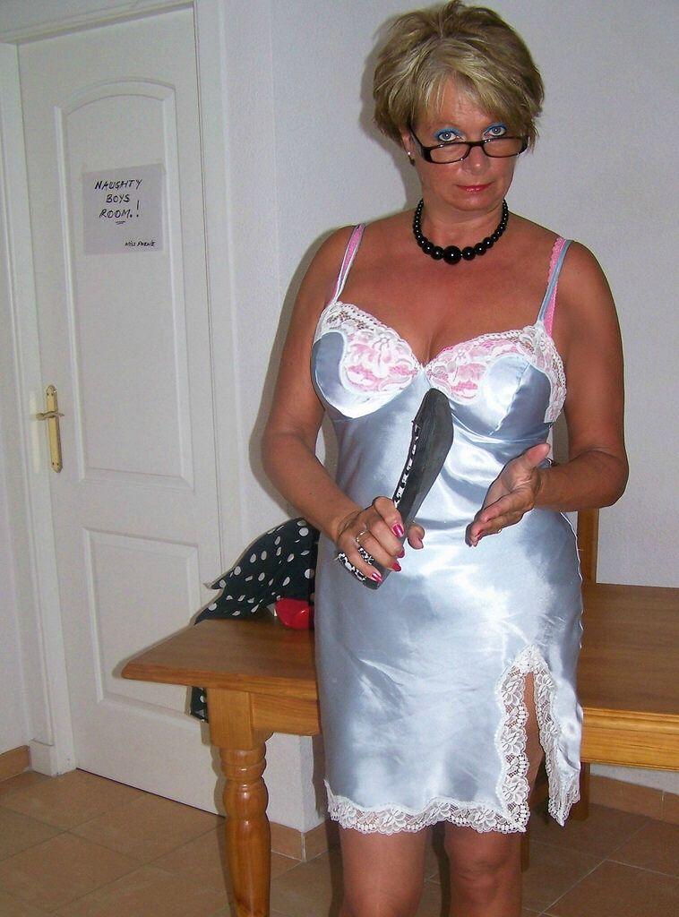 Polish mature hairy pussy orgasm