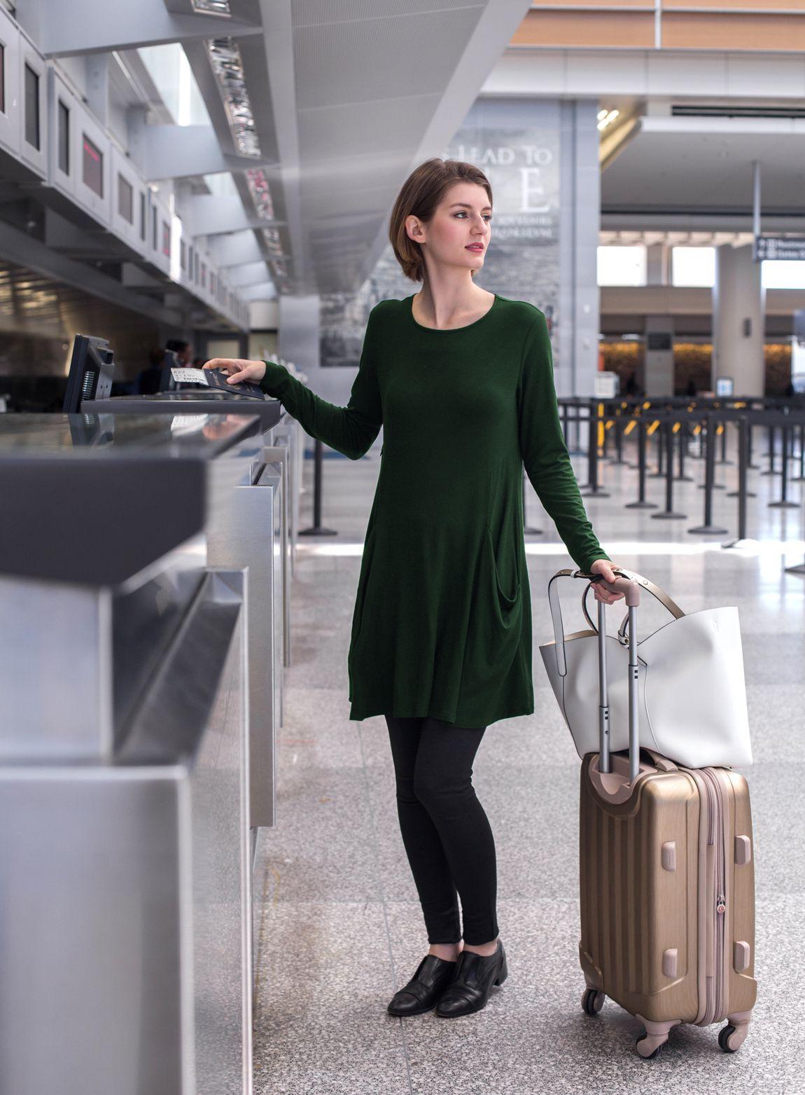 5ad56b5e1950 Sweatshirt Travel Dress (Emerald-Isle)   Wrinkle-Resistant Silk ...