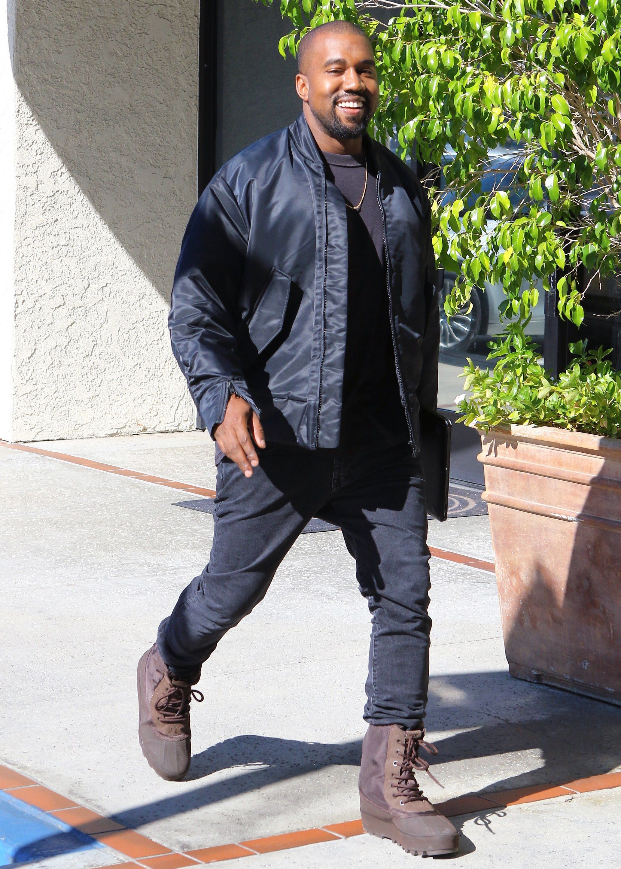 d7516193 All of Kanye West's Best and Wildest Outfits in 2019 | Orage Stuff ...