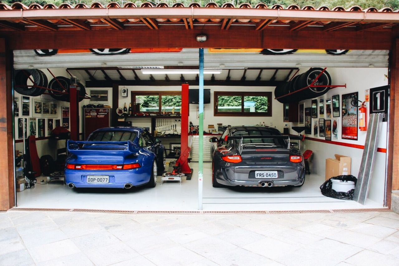 Goosethethrottle the dream porsche pinterest for Garage auto 93