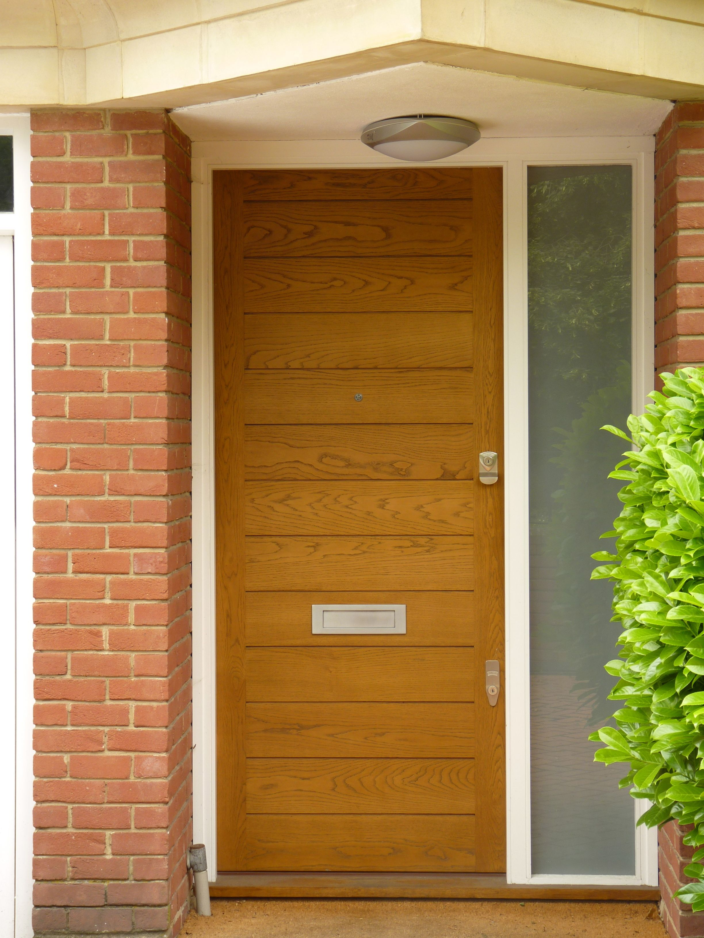 A modern contemporary wooden door by the London Door Company. | J ...
