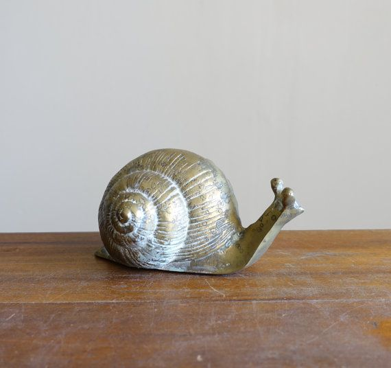 Hey, I found this really awesome Etsy listing at https://www.etsy.com/listing/293876313/vintage-brass-snail-figurine