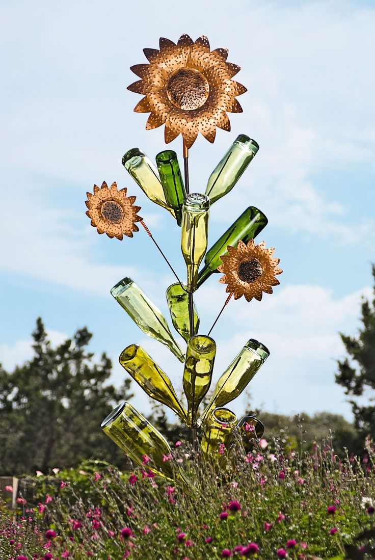 Outdoor Bottle Tree | Sunflower Bottle Tree Garden Sculpture | Buy From  Gardeneru0027s Supply
