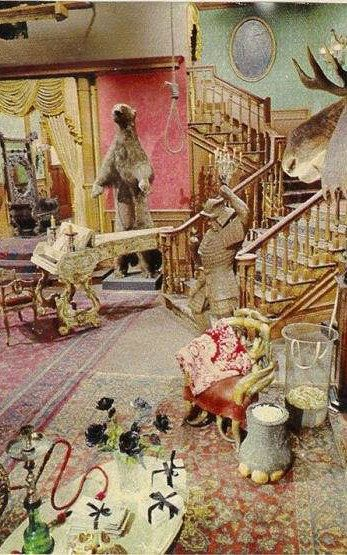 The Addams Family S Living Room Was Pink With Images