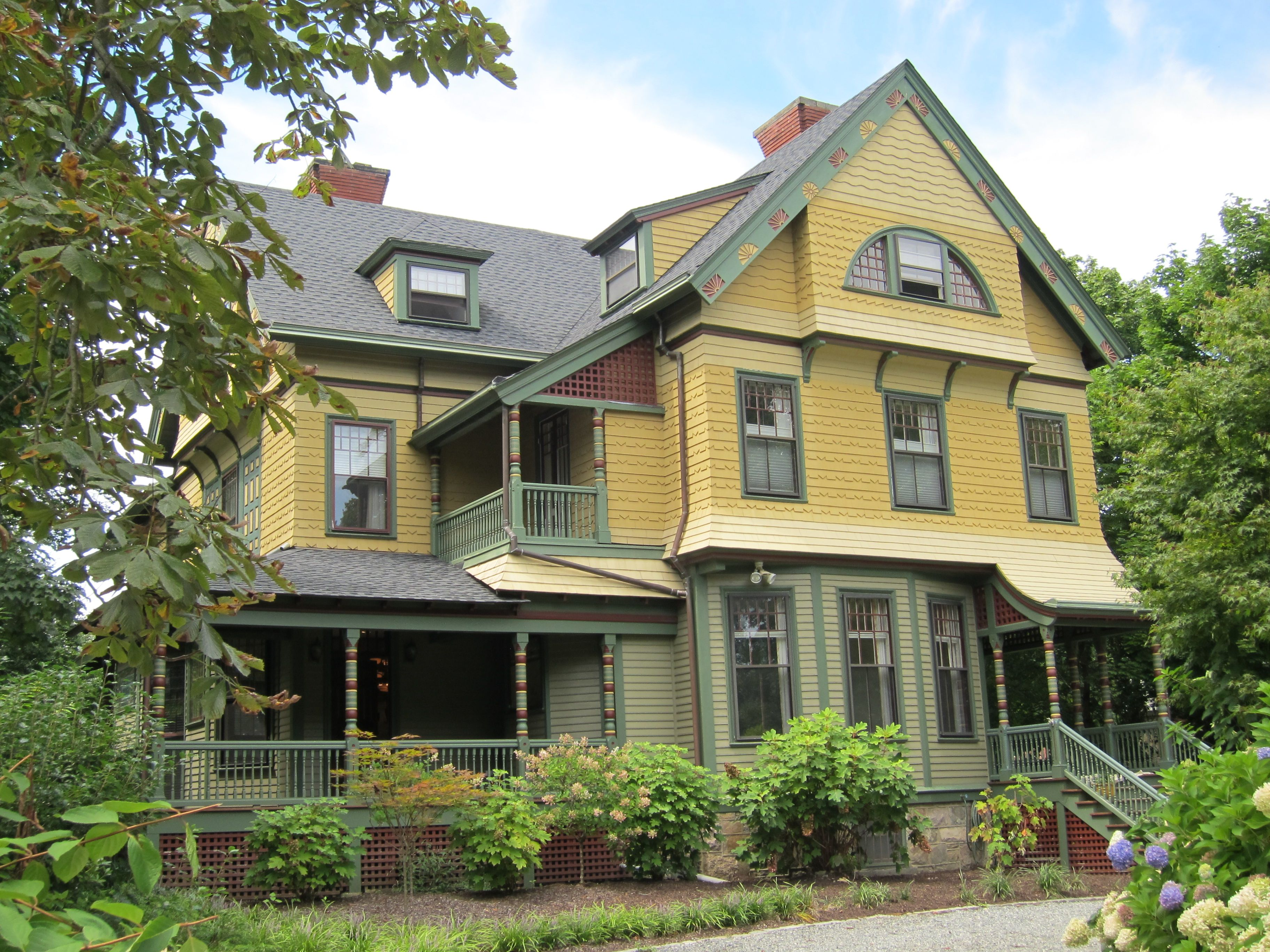 Swell 10 Best Images About Yellow Houses On Pinterest Paint Colors Largest Home Design Picture Inspirations Pitcheantrous