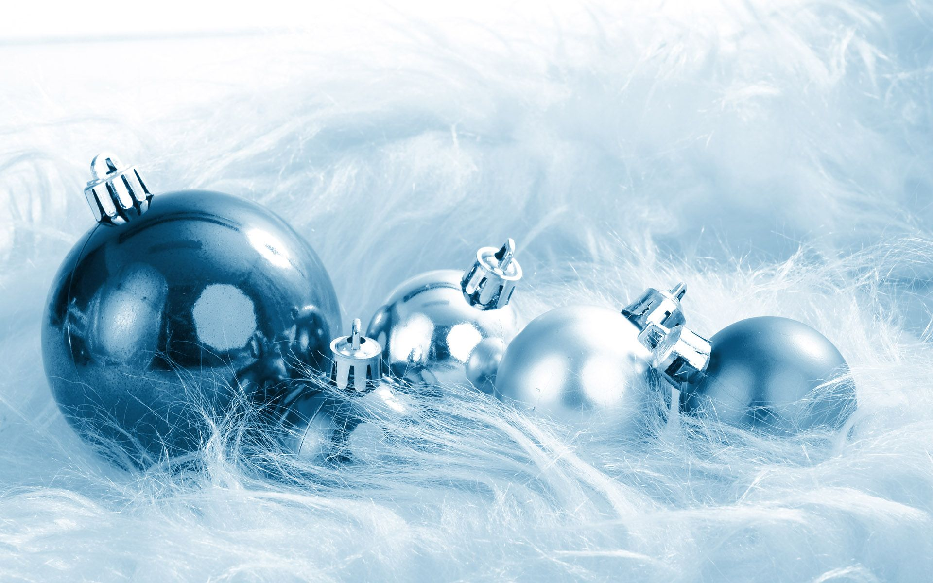 Blue And White Christmas Decorations Bing Images Blue Christmas White Christmas Ornaments White Christmas Decor