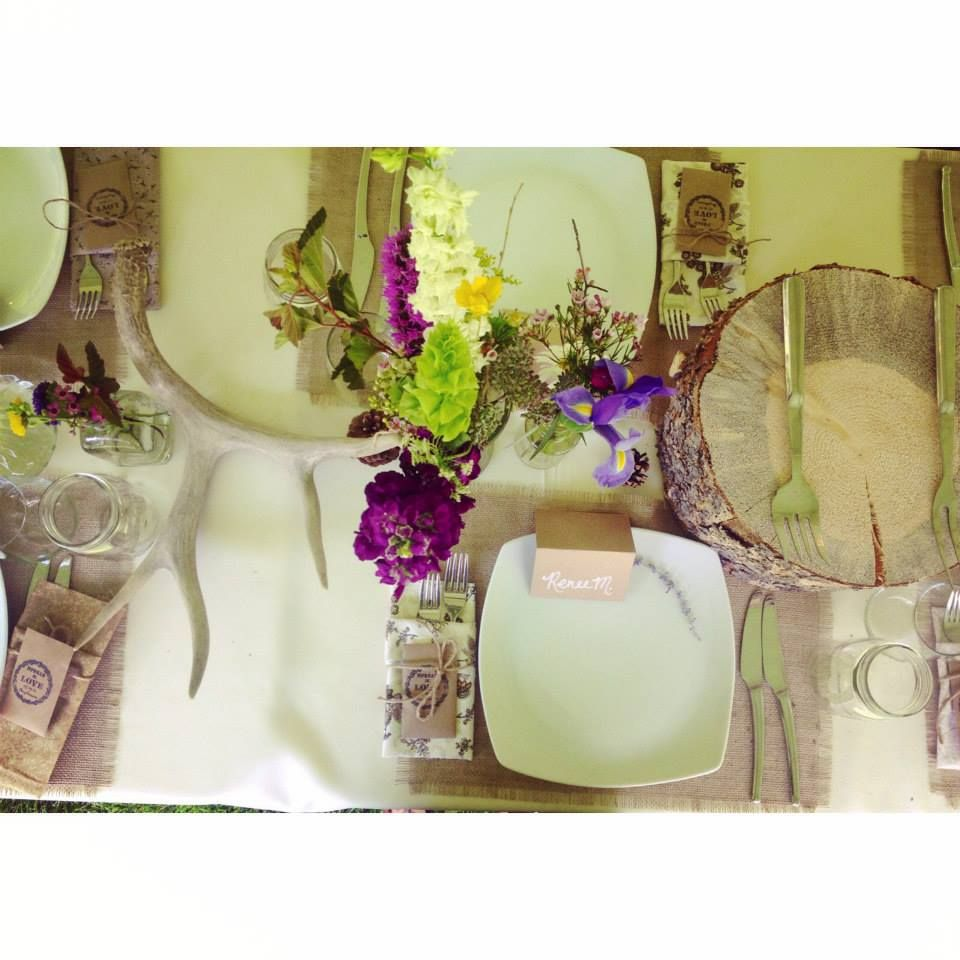 RiverBend Wedding Venue { Antler Table Setting } Table