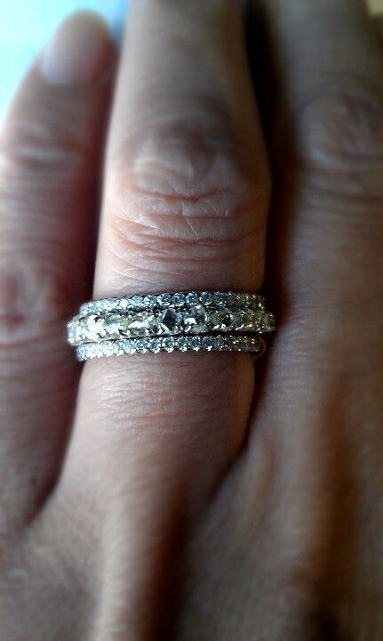 3 Separate Wedding Bands Stacked Together I Love How The Top Bottom Are Thin And Feminine Center Band Could Stand Alone