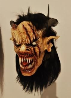 perchten krampus maske in baden w rttemberg karlsruhe ebay kleinanzeigen holzmasken. Black Bedroom Furniture Sets. Home Design Ideas
