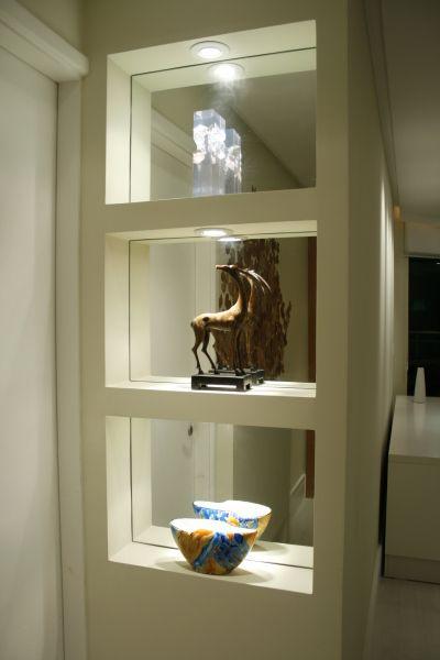 nichos parede divisória cozinha #divisória #gesso #nicho #espelho jantar Paredes de