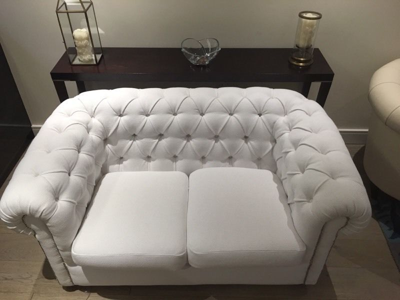 Stunning Brand New 2 Seater White Fabric Chesterfield 450ono Fulham London Gumtree Sofa Sale Black Leather Sofas Sofa