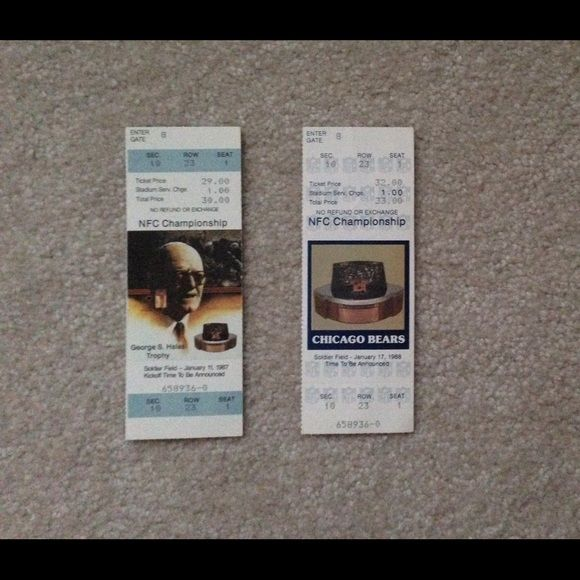 Vintage Chicago Bears NFC championship Rox stubs 1/11/1987 at soldier field  1/17/1988 at soldier field   Great for the Chicago Bears fan   Very rare. Tickets are in very good shape despite the age. Collectors items Accessories