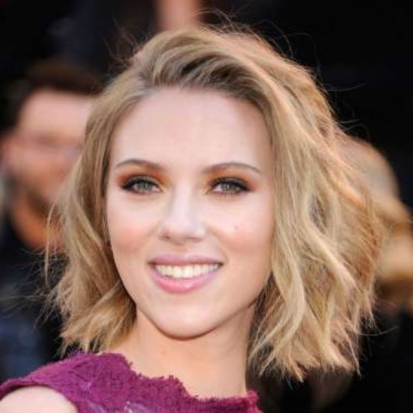 Scarlett Johansson Bob Haircut Fit For At The Wedding Ceremony