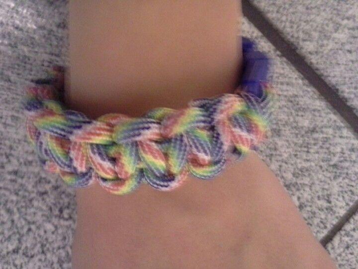 how to make shoe string bracelets