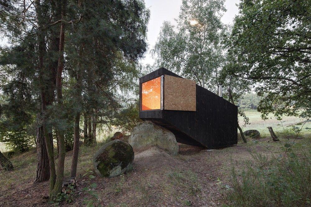 Forest Retreat / Uhlik architekti