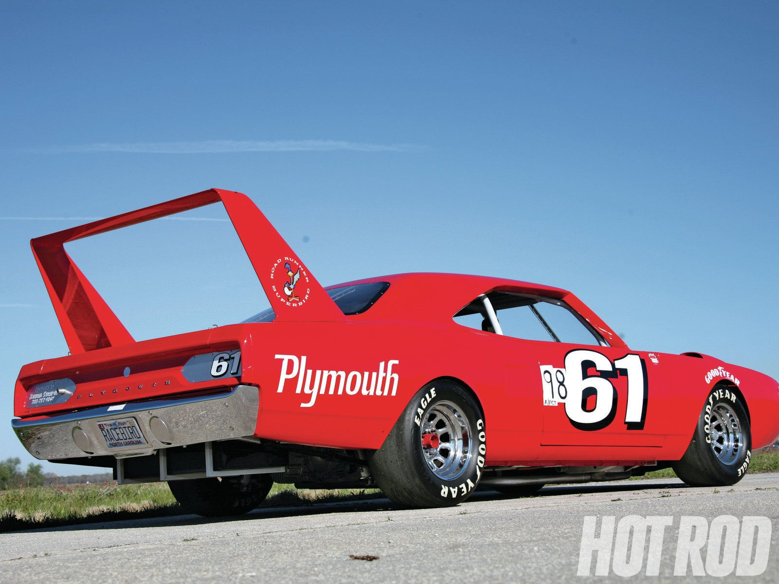 Roadrunner Superbird Brought To You By Agents At