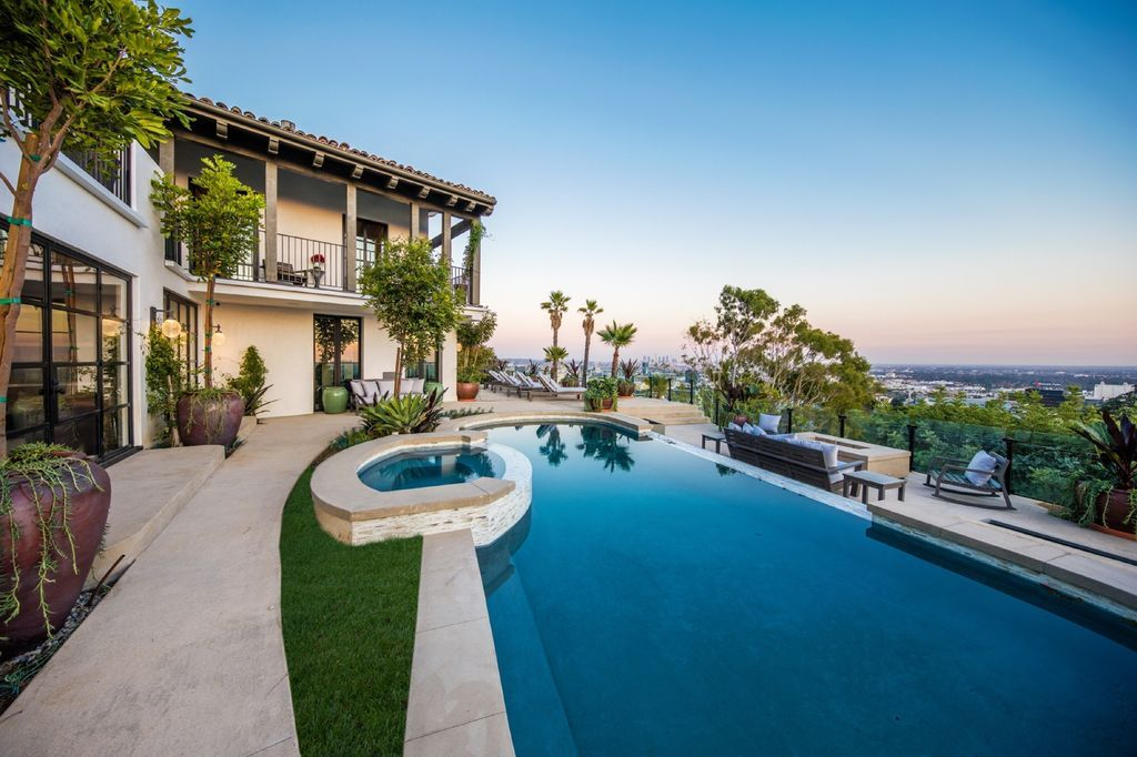 7100 La Presa Dr Los Angeles Ca 90068 Mls 20619720 Zillow Infinity Edge Pool Spanish Modern Mediterranean Villa