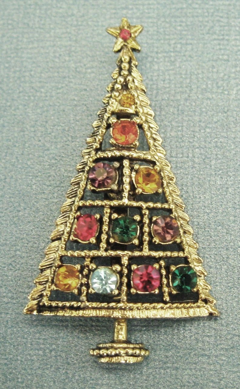 Sparkling Vintage Signed Rhinestone Christmas Tree Brooch