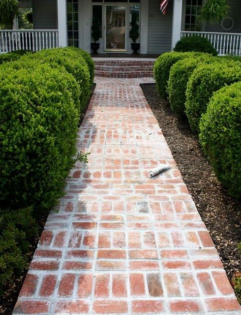 Love This Brick Walkway Pattern Front Walkway Landscaping