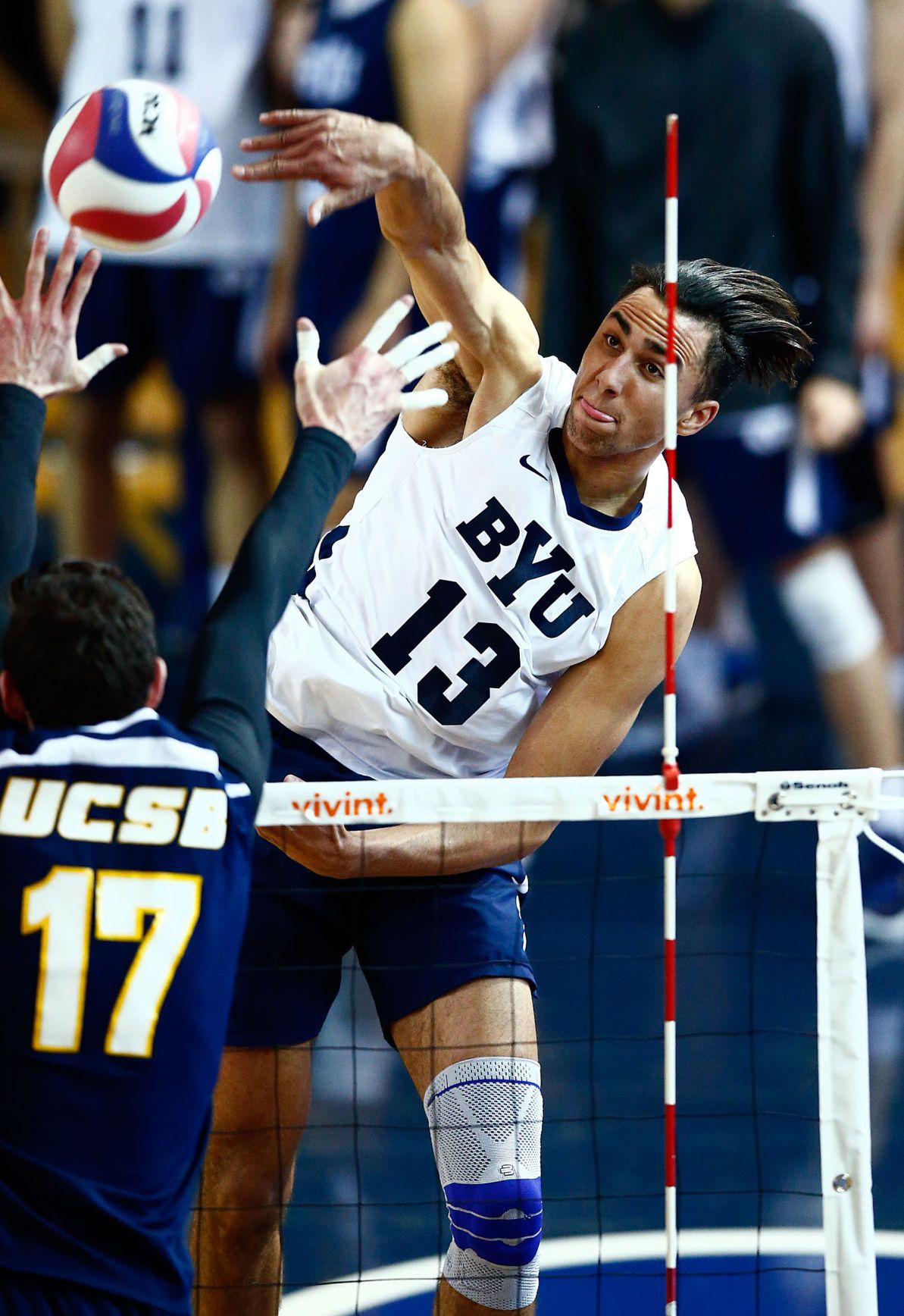 Byu Men S Volleyball No 2 Cougars Work Late Night To Beat Hawaii Mens Volleyball Volleyball Byu