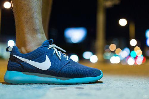 Nike Roshe Run - Squadron Blue Fiberglass Sport Turquoise (by Jeremy Thomas  Photography) e00a8193cb