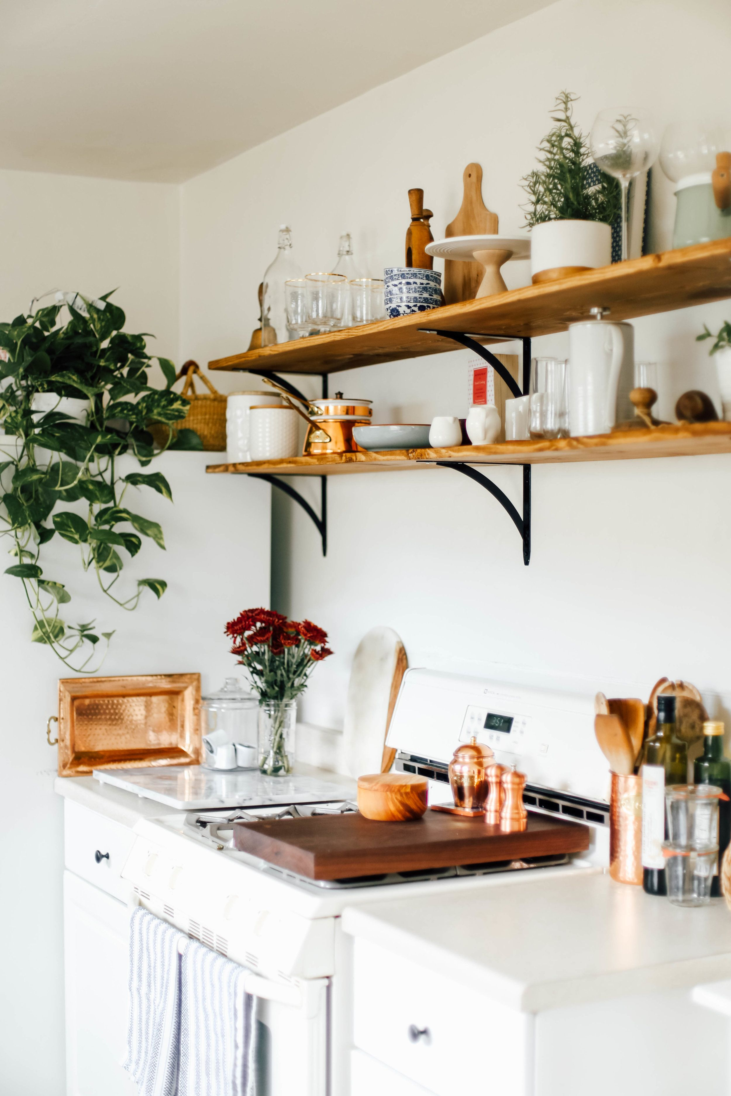 Kueche Dachgeschosswohnung My Rental Kitchen California Farmhouse Makeover