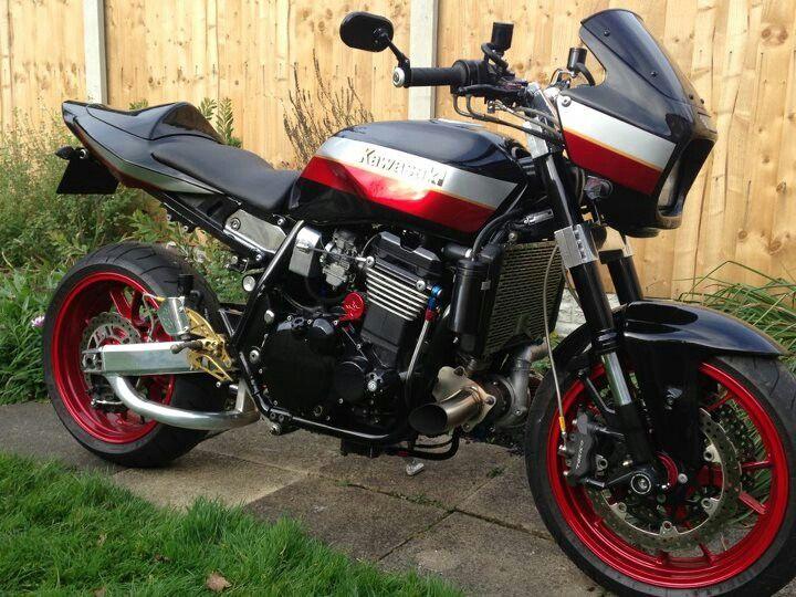 Kawasaki ZRX1200 Turbo with monoshock conversion and USD (Nigel