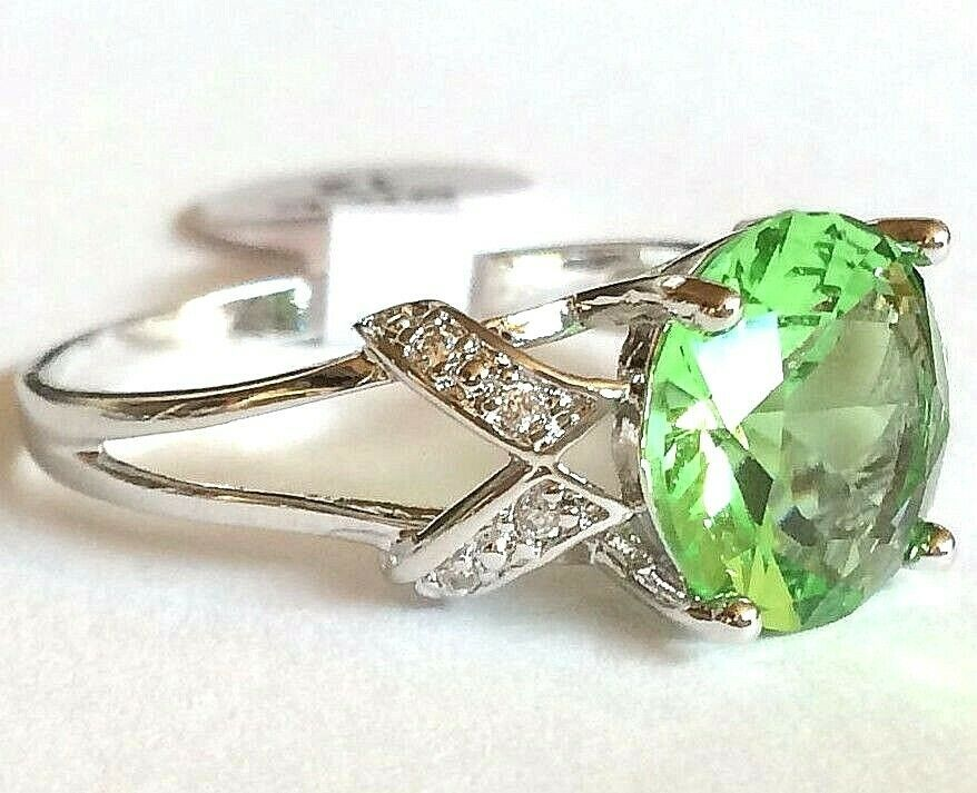 CZ Ladies Cocktail Ring Size 7 Details about  /Vintage Inspired Green Peridot