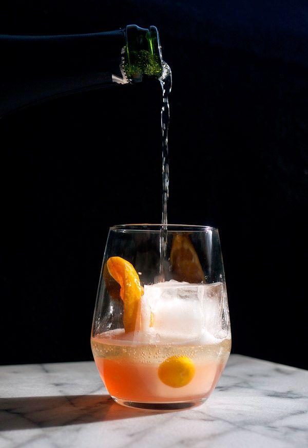 Sparkling and Spiced WInter Sangria // stirandstrain.com