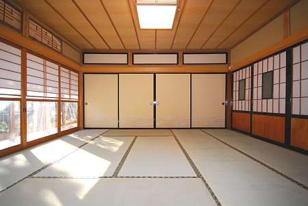 An empty traditional japanese room japanese dojo for Japanese tatami room design