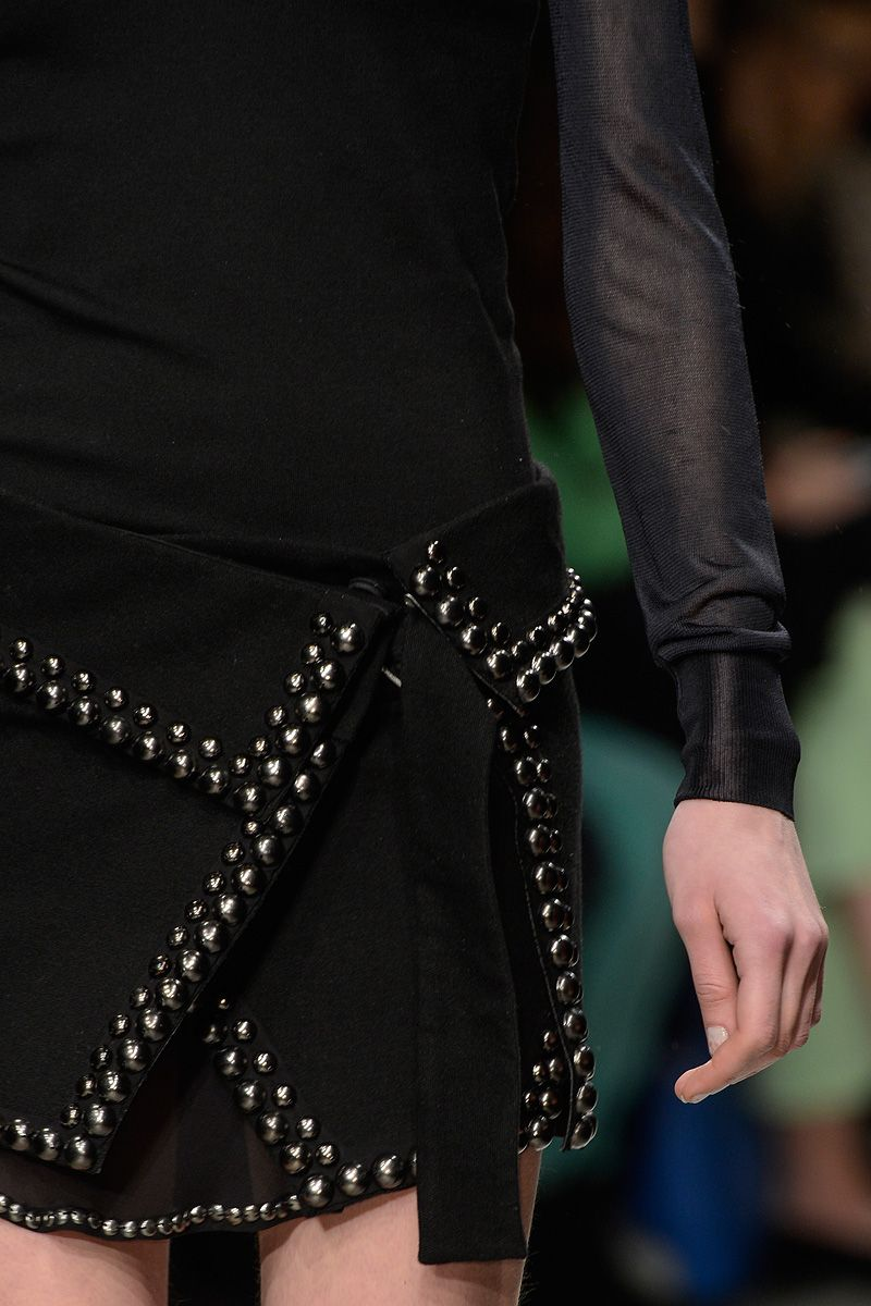Isabel Marant Fall 2013 RTW - Review - Fashion Week - Runway, Fashion Shows and Collections - Vogue - Vogue