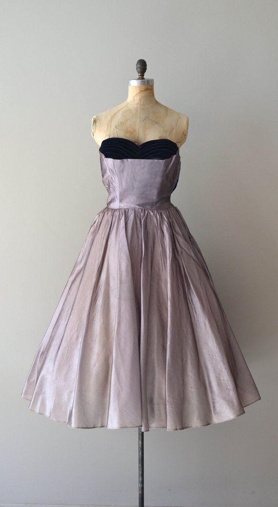 1950s dress | The Violet Hour