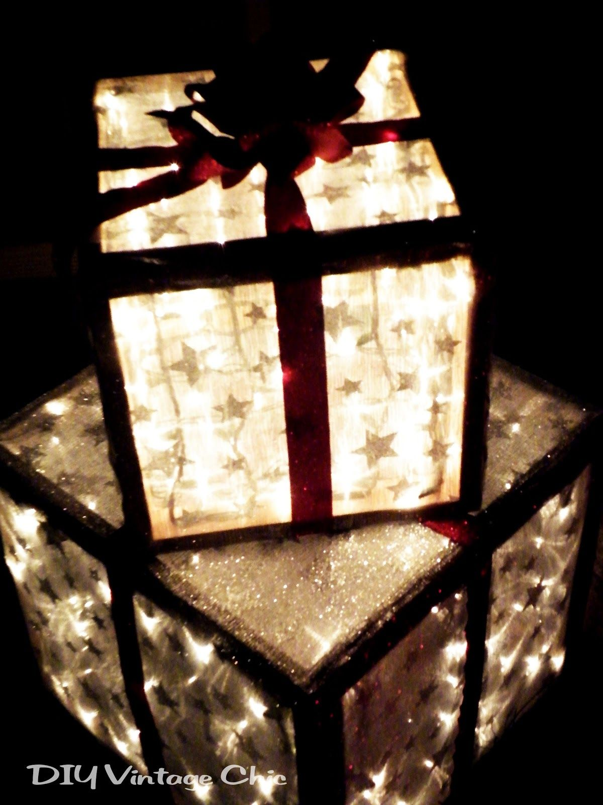 Diy vintage chic how to make lighted christmas presents for diy vintage chic how to make lighted christmas presents for outdoors aloadofball Gallery
