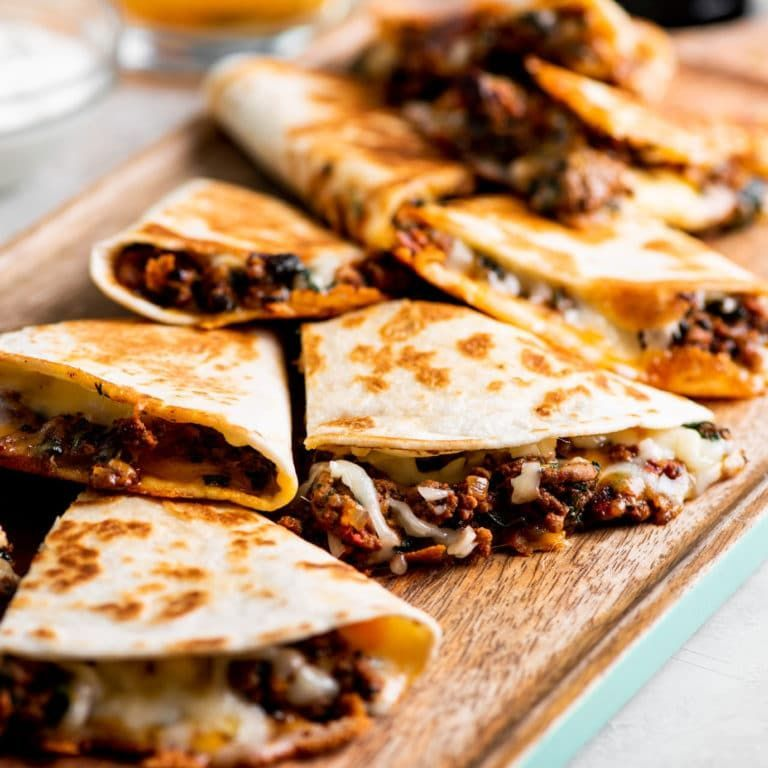 Cheesy Ground Beef Quesadillas Recipe Cheesy Ground Beef Quesadillas Recipe The Mom 100 Best P In 2020 Ground Beef Quesadillas Quesadilla Recipes Beef Quesadillas