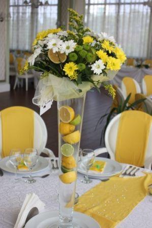 O Nunta Cu Lămâi Pe Final De Vară Galben Wedding Table
