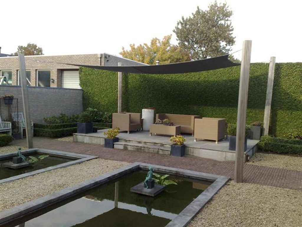 Schaduwdoek met pergola tilburg waalwijk best breda den bosch rosmalen picture tuin - Terras met houten pergolas ...