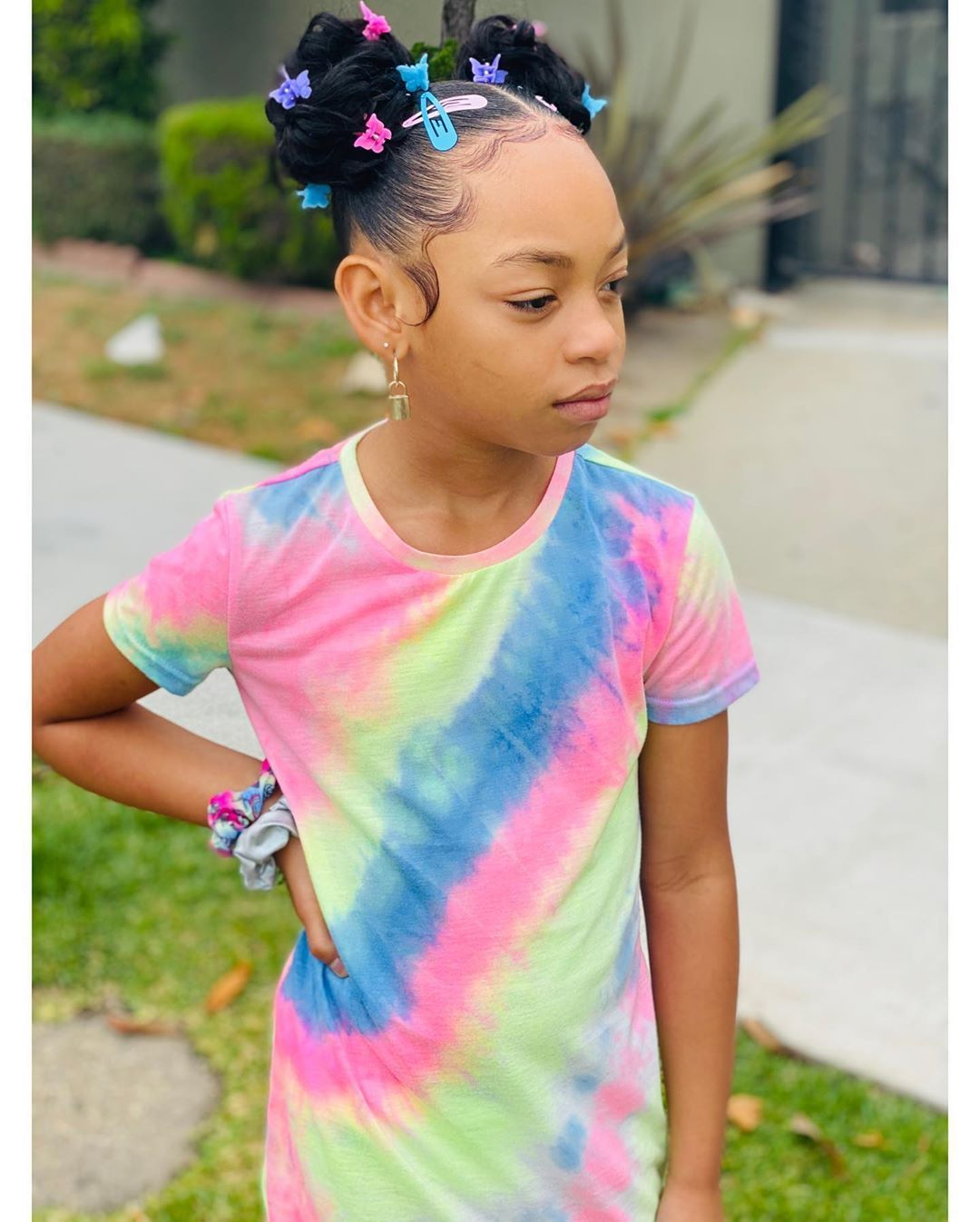 ❤️Demi Larissa West❤️ demi_larissa_ - 💕🦋Edges Laid & Slayed 💕🦋 @hairbyess #fashionkids_worldwide...