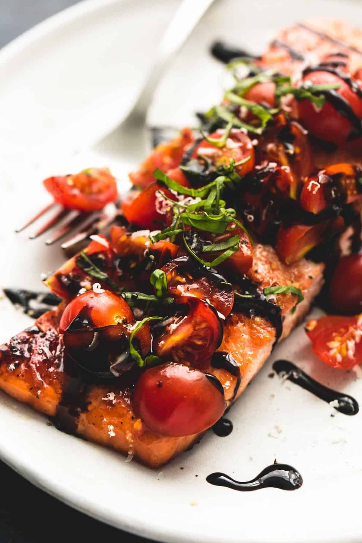 Honey Balsamic Bruschetta Salmon | Creme De La Crumb