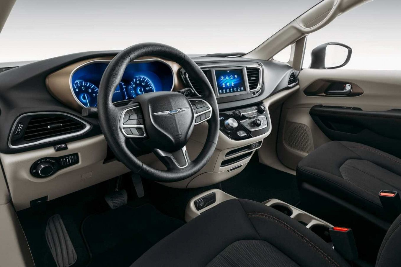 2020 Chrysler Vehicles In 2020 Chrysler Town And Country Grand Caravan Chrysler