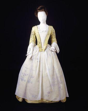 vestido de seda amarilla inglaterra 1743-1750 | siglo xviii | moda