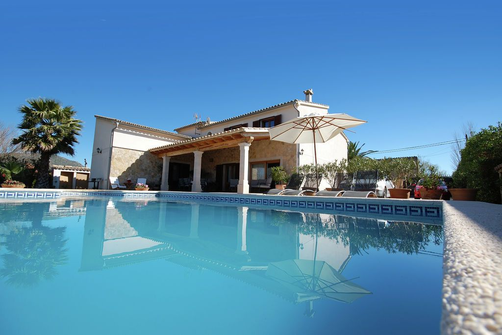 Rustig gelegen villa met zwembad midden op het eiland Mallorca
