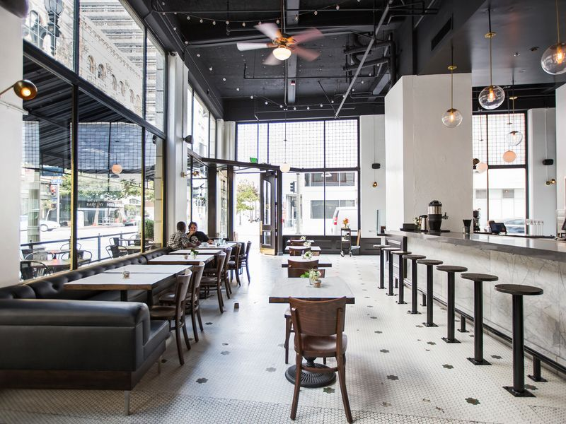 The 15 Best New Brunch Spots In Los Angeles Weekday Breakfast Breakfast Spot Brunch Spots