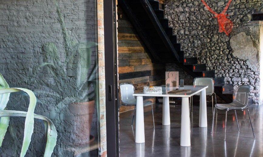 Troy chairs/Flare table Marcel Wanders www.meijerwonen.nl www.magisdesign.com