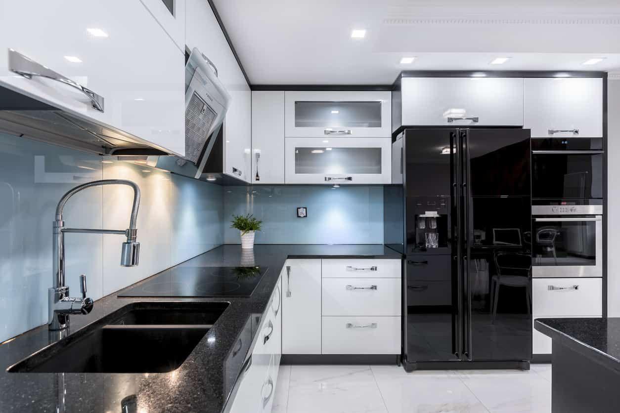 40 Sleek Black Kitchen Ideas And Cabinets 2020 Photos White