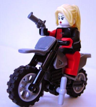 New LEGO Plain White Minifigure City Town Motorcycle
