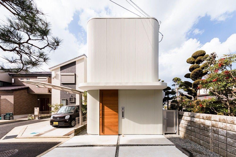 Melt, maison minimaliste à Osaka par SAI Architectural Design Office - Exemple De Facade De Maison