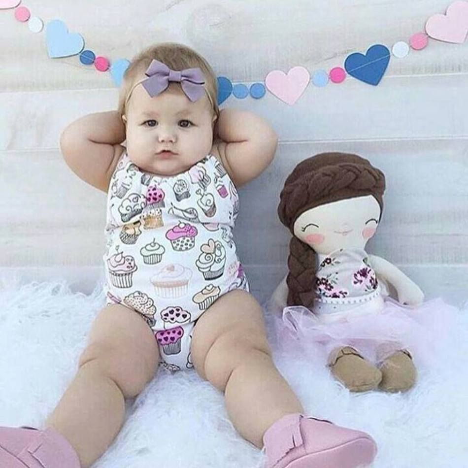 cute baby girl photo ideas   vintage and current children photos