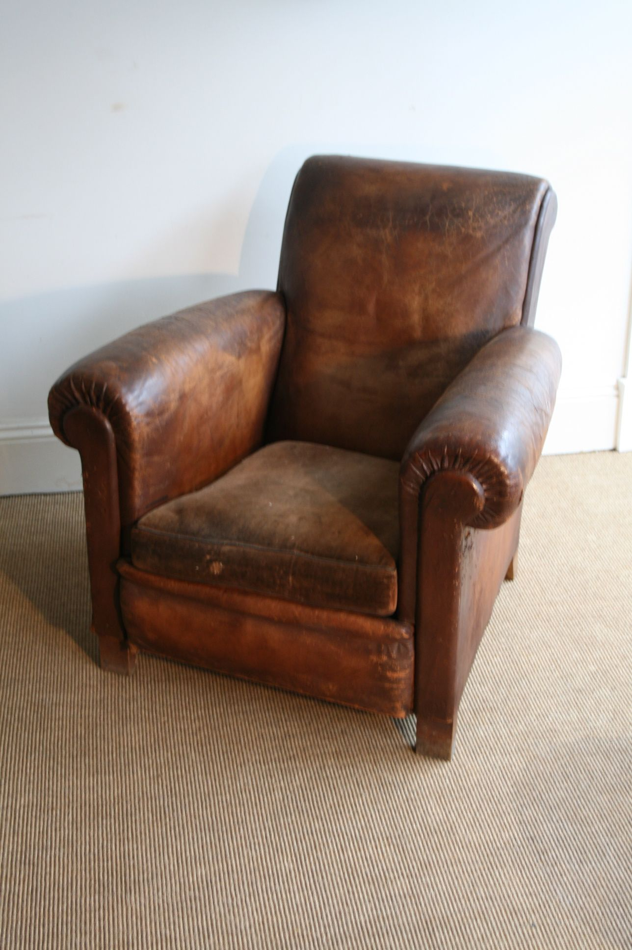 Phenomenal Sometimes An Upholstered Seat On A Leather Chair Can Be A Ibusinesslaw Wood Chair Design Ideas Ibusinesslaworg