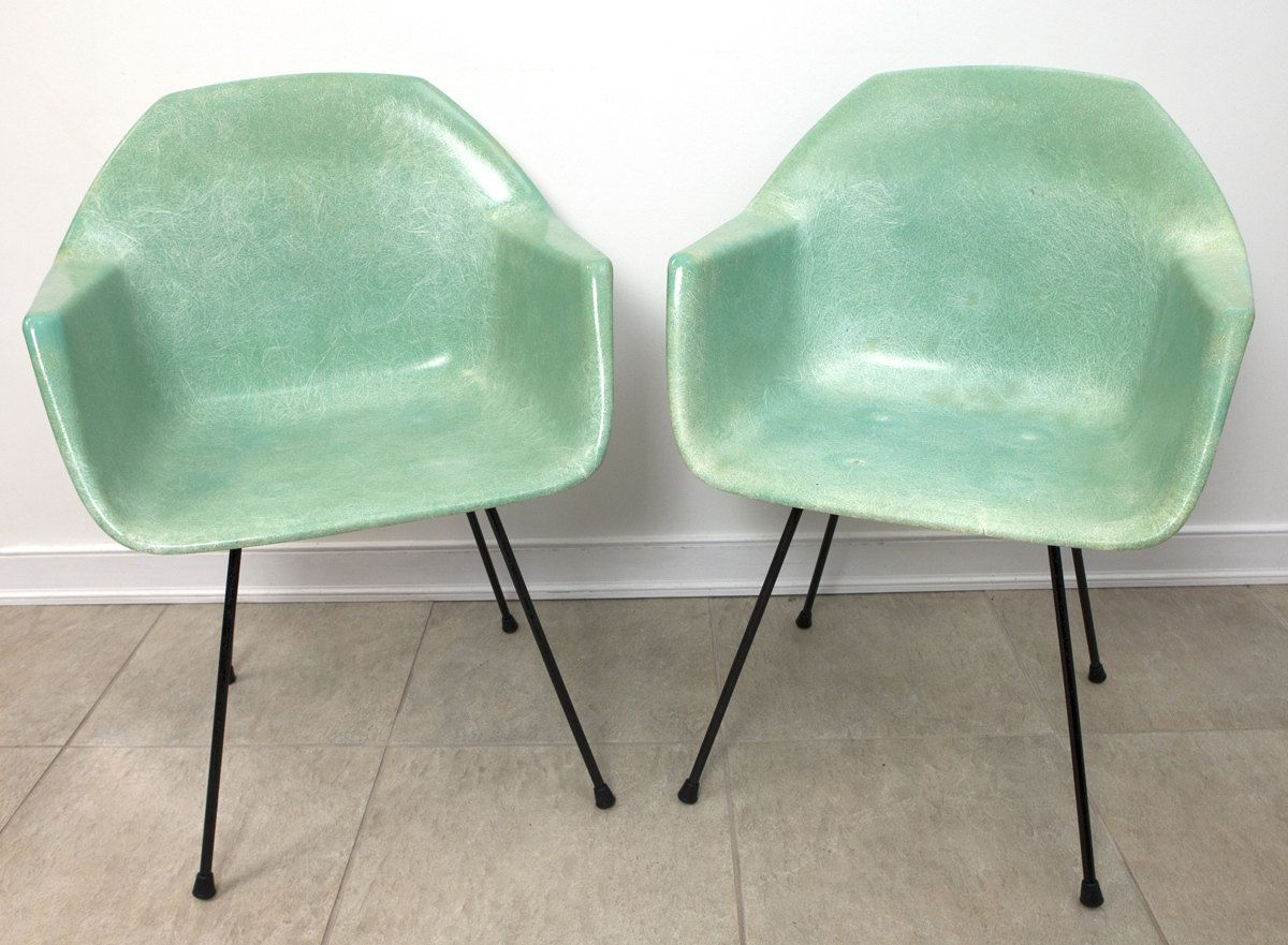 EAMES Herman Miller Style SEAFOAM Gream Fiberglass Arm Chairs 2 Chair Set  RARE Chairs Gorgeous Color